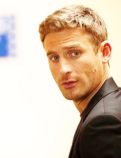 (18) the almighty johnsons | Tumblr - Dean O'Gorman