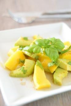 Insalata di mango e avocado http://www.gustissimo.it/ricette/insalate/insalata-di-mango-e-avocado.htm
