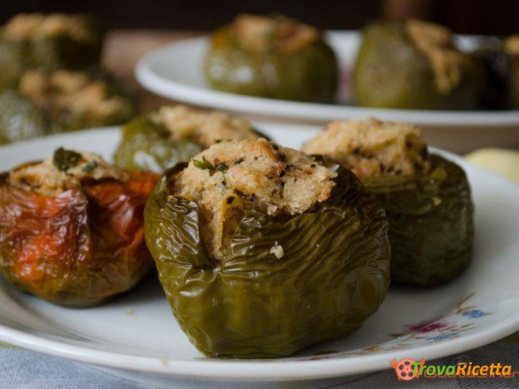 Peperoni verdi ripieni al forno un contorno semplice  #ricette #food #recipes
