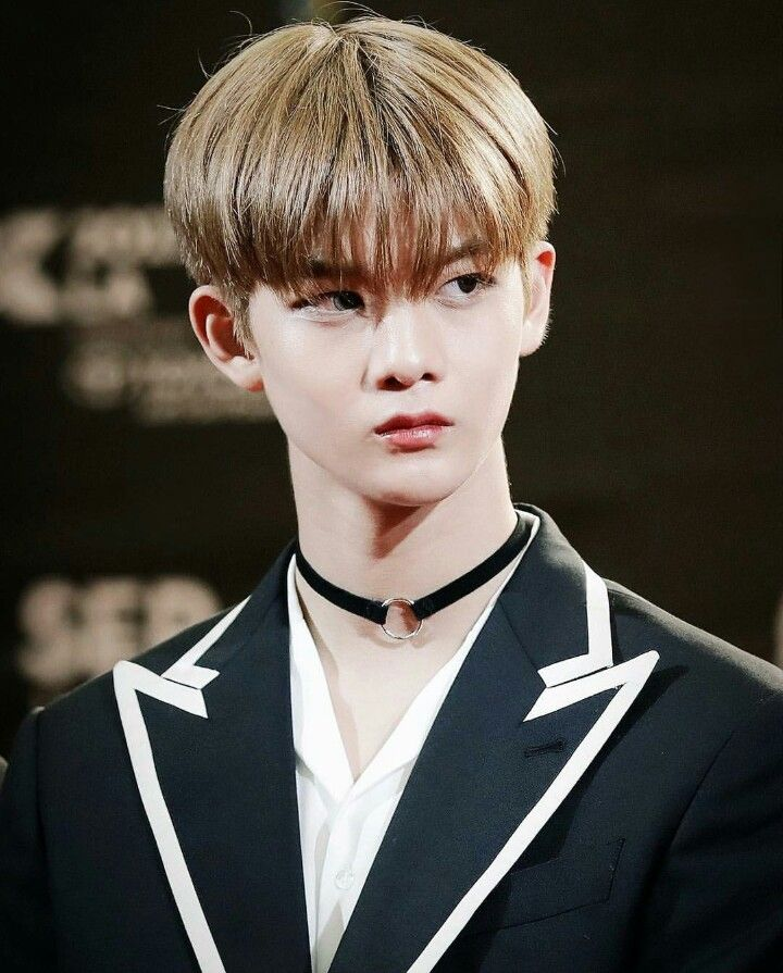 Baejin how you stare is killing me ❤