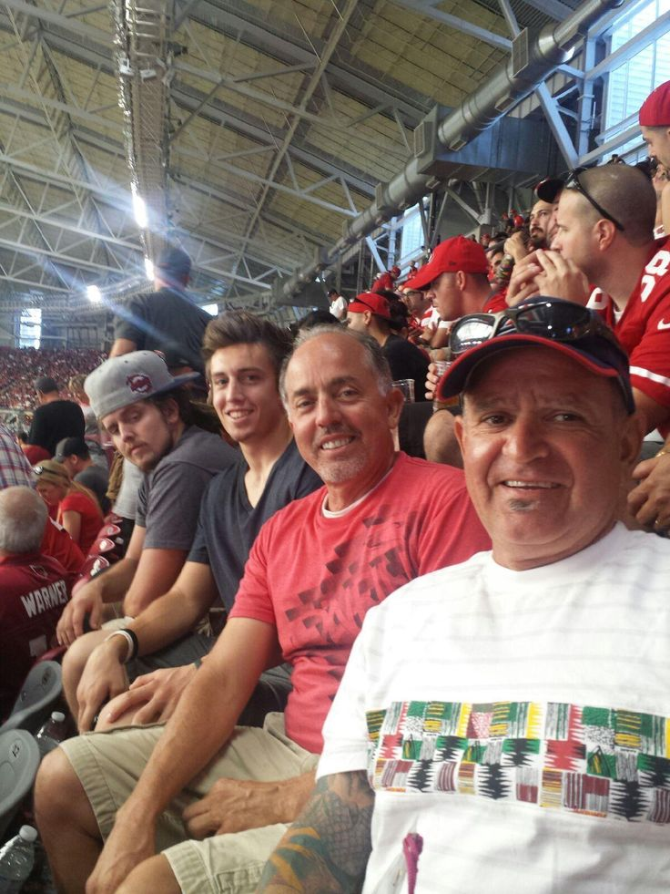 Here is one of our customers Phil Vasquez owner of Russell Stone @ Cardinals vs 49ers game on Sept. 21, 2014.  We are glad they enjoyed the game.  #ackerstone #pavers #seasontickets #ackerstoneseasonticketholder #customers #fun #goodtimes