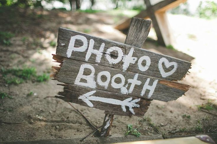 Photo Booth time! #ivyandmoss #eventstyling #photobooth #weddingphoto #wedding
