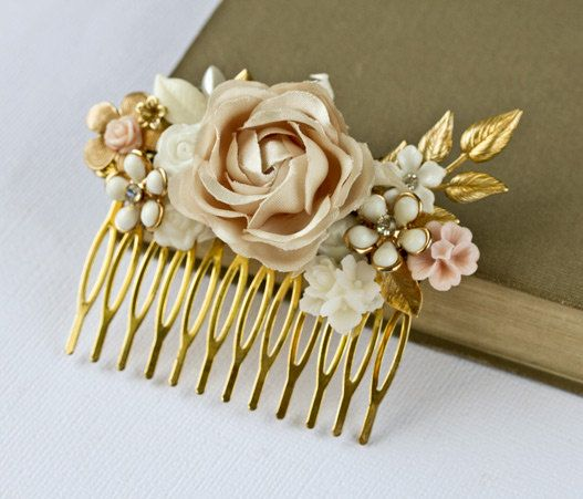 @Bethany Thompson This would look amazing in your hair! Saving this for your big day :)
