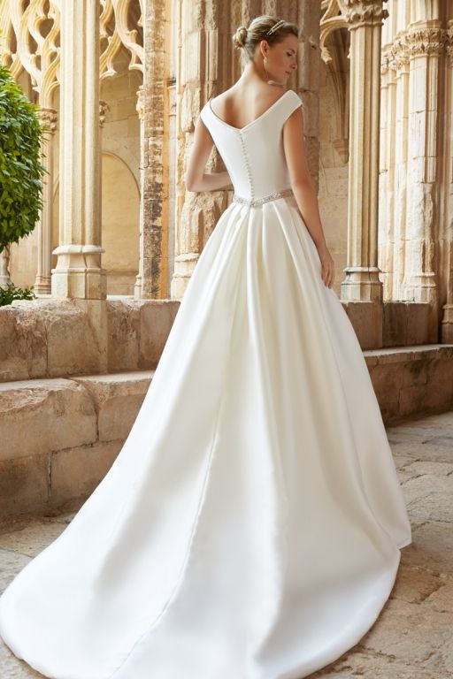 38 best Brautkleid Standesamt images on Pinterest | Party dresses ...