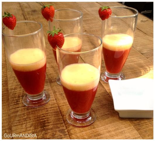Cocktail fraises - rhum - espuma d'orange