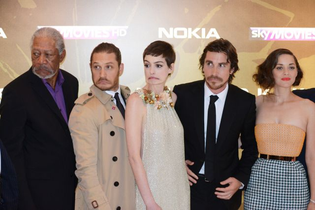 I wonder what happened haha: Marioncotillard, Funny Things, The Dark Knight, Knights Rise, Darkknight, Marion Cotillard, Funny Faces, Dark Knights, Toms Hardy