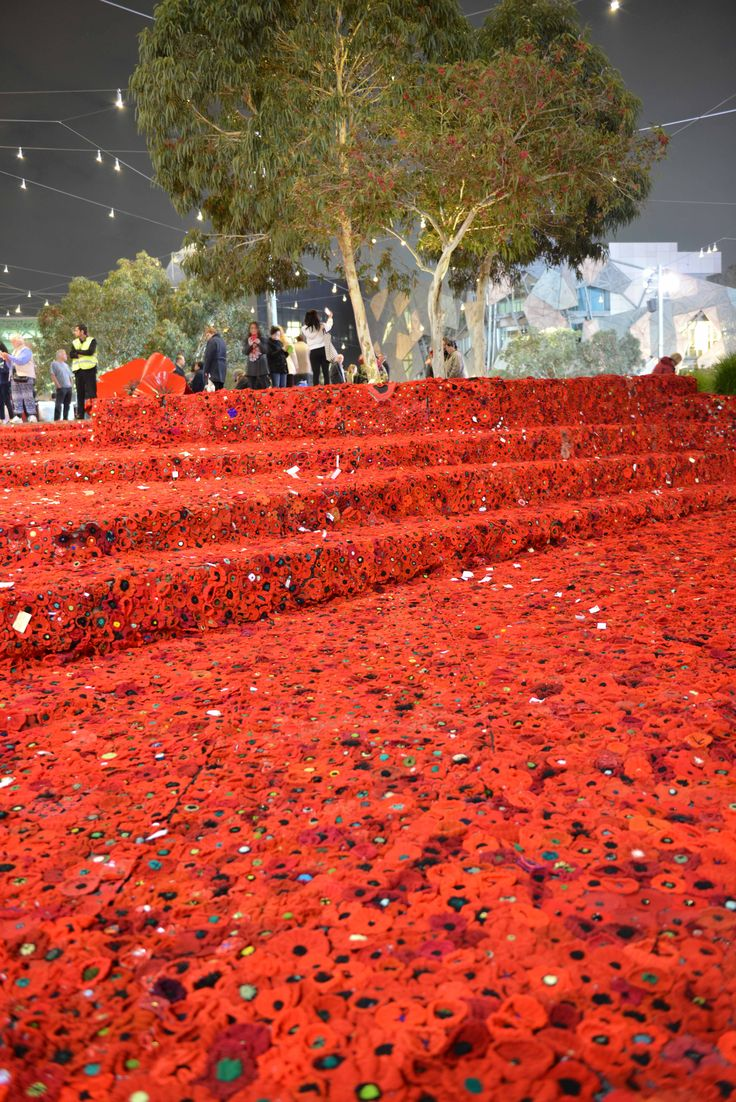 5000 poppies project, Fed Square, ANZAC day 2015