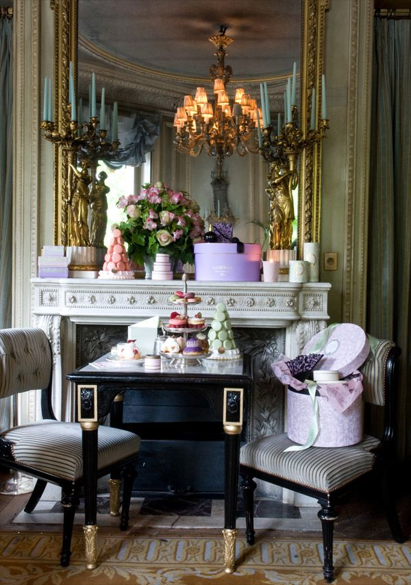 Beautiful Baroque style - love to enjoy some tea and petit fours?!!