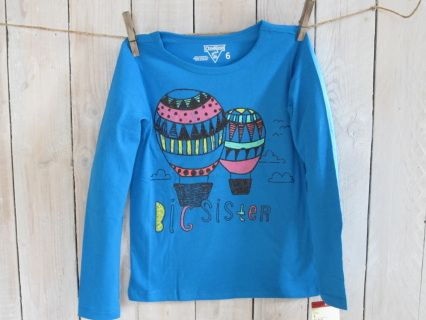 "NEW with tag! Bigger is better with this Big Sister sparkling  trendy blue OSHKOSH high quality longsleeve tee. Size 6 Measurements : width 34 cm, length 47 cm, sleeve length 46 cm Suitable for girl weight 43-48 lbs and height 45-47"" Code G004"