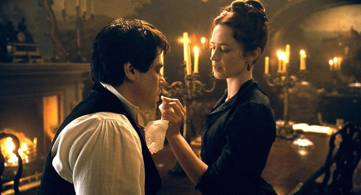 Benicio del Toro and Emily Blunt in The Wolfman 2010 http://family-friendly-movies.com/horror-movies/the-wolfman-2010/