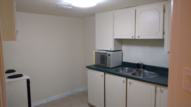 1 bedroom Basement for rent in Christian home. No separate entrance Shared Laundry Suitable for Christian student or young professional Located in Brampton close to Humber and Sheridan college All utilities included Only serious inquiries. Email for more details , send number to be...