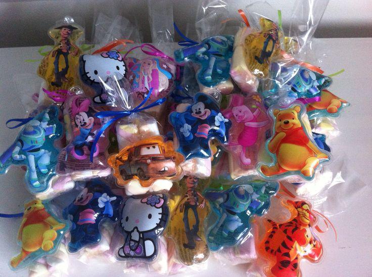 Deze Disney douchegel figuurtjes traktatie is te vinden op www.kindertraktaties.jouwweb.nl