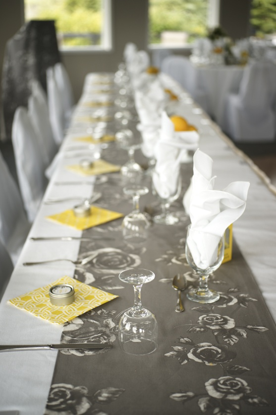 another long table, grey and yellow