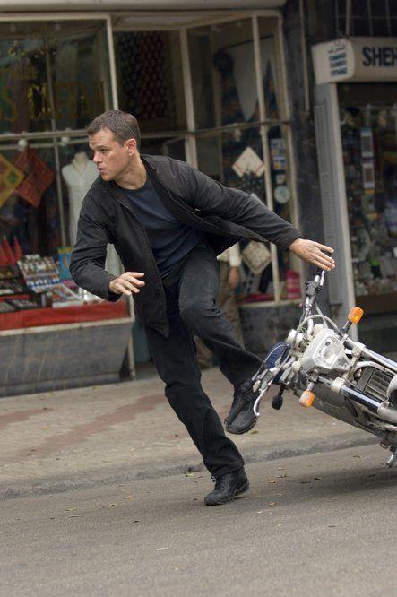Matt Damon / Born: Matthew Paige Damon, October 8, 1970 in Boston, Massachusetts, USA / in The Bourne Ultimatum  (2007)