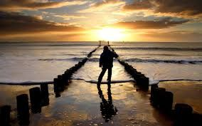 Ο χρόνος δεν έχει αξία, όταν δεν έχεις την αγάπη να μετράς στιγμές.  www.oneplusone.gr 210.80.85.338