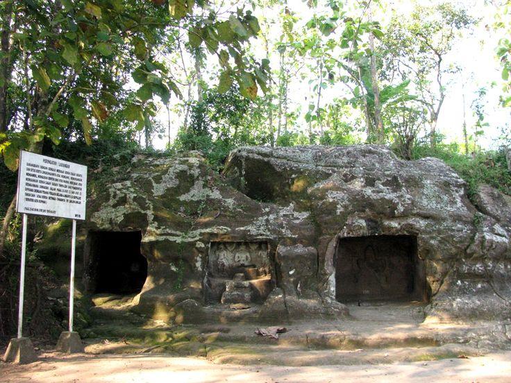 Goa Sentono Wisata Unik di Blora Yogyakarta - Yogyakarta