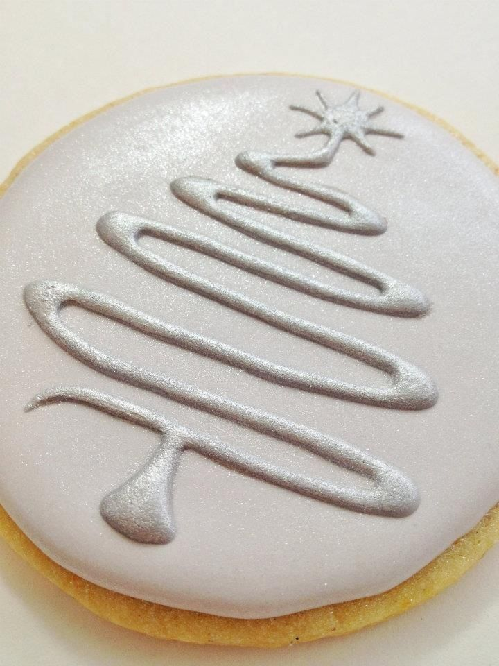Xmas tree cookies - For all your cake decorating supplies, please visit…