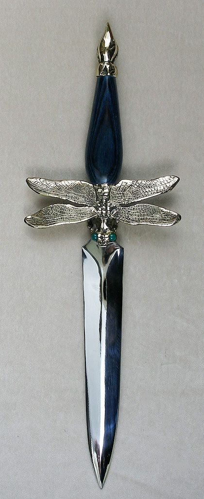 A realistic dragonfly cast in solid bronze by Omega Art Works. Smooth deep blue dymondwood handle with 2 green onyx gemstones in the eyes. Overall length 14, blade length 8