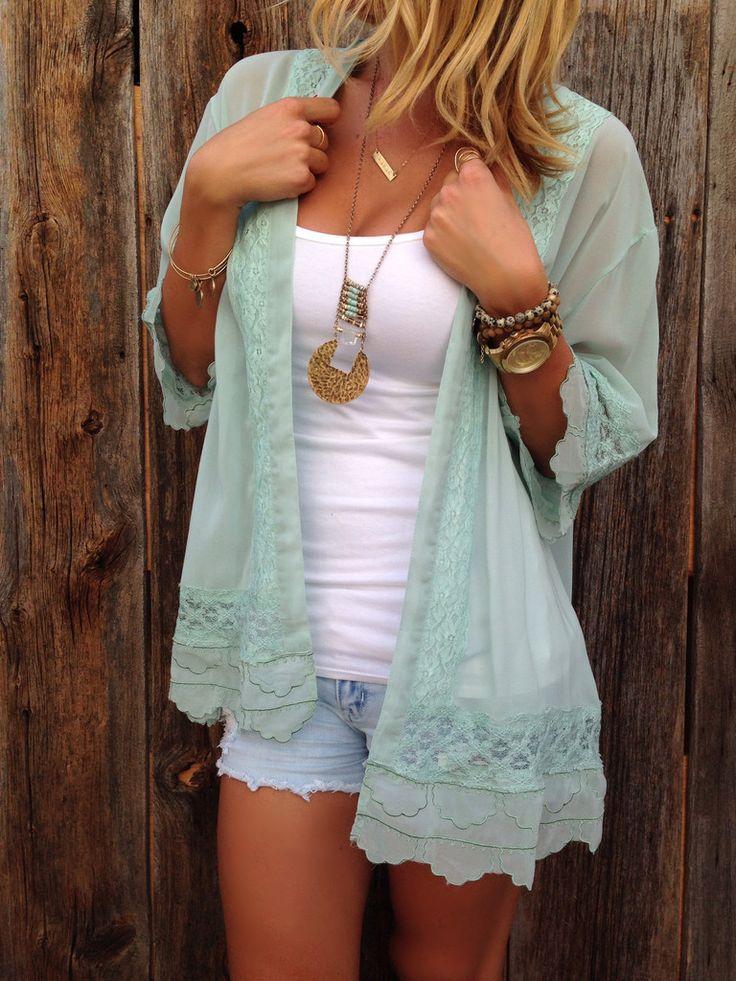 I love this kimono, it's light, feminine/romantic, and GREEN!