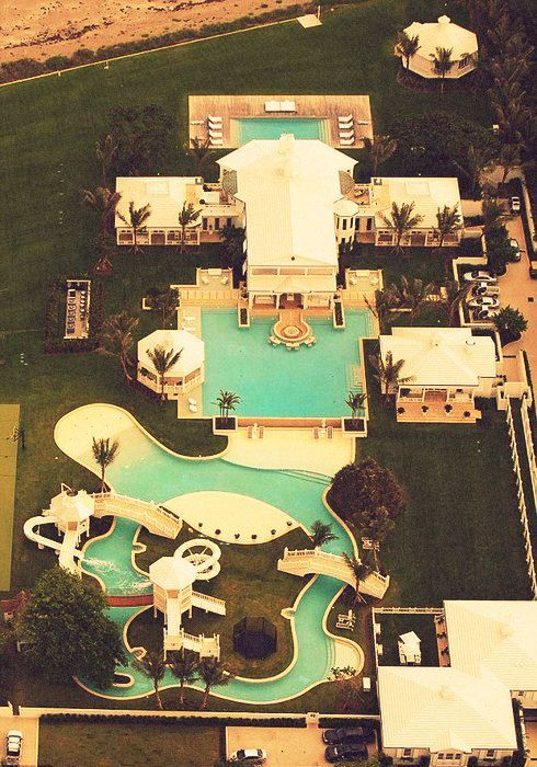 if this is a house and not a hotel, i wanna be those rich people!
