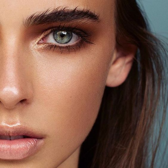 love a bronzed eye with nude lips! Try RMS Eye Polish in Solar and Vapour Solar Bronzer in 222 on eyes and Lily Lolo Lip Gloss in Whisper