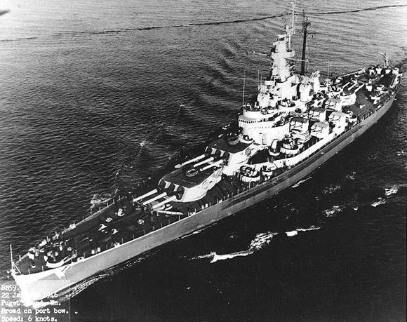 USS Massachusetts under way Z