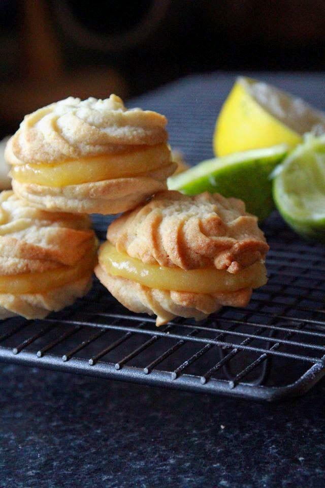 Ciasteczka są bardzo proste do zrobienia, nie wymagają od nas wiele czasu,wystarczy tylko rękaw cukierniczy i chęci.Możemy je nadziewa ć r...