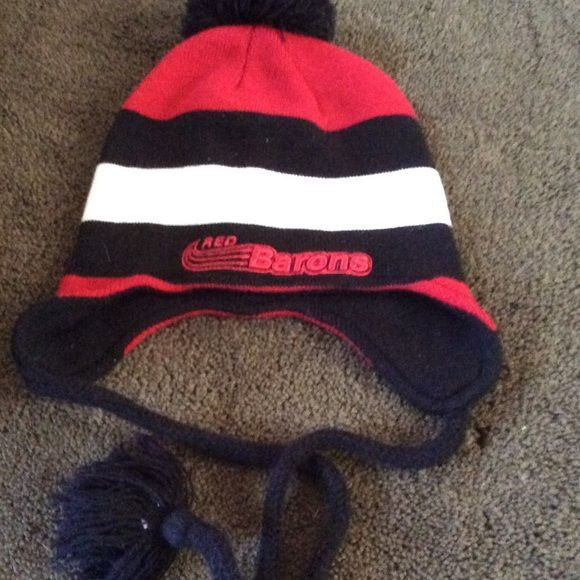 Sale Corning community college snow hat Cute, cozy hat covers ears with ties The game Accessories Hats