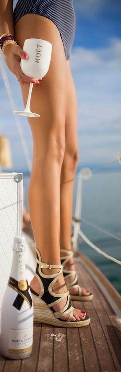 #Luxurylife on the #Yacht - #Luxurydotcom