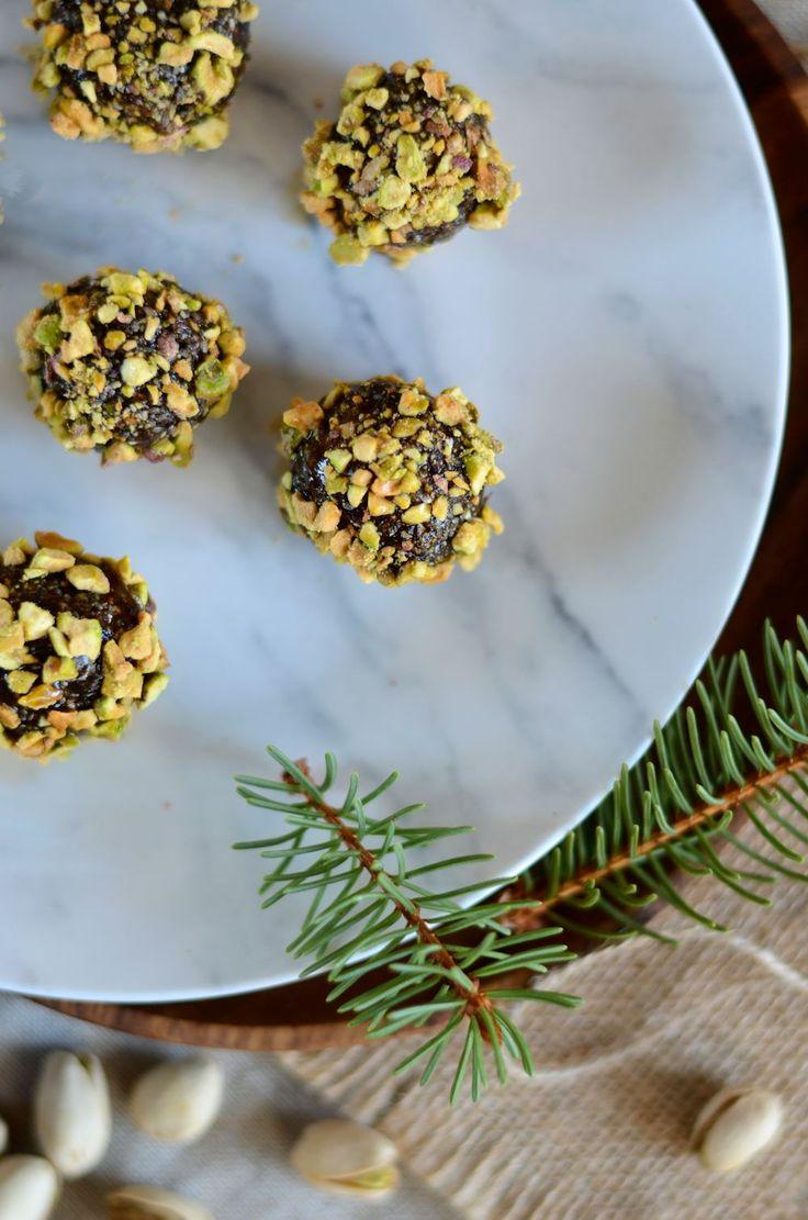 Collation énergétique aux dattes et pistaches {recette healthy, vegan et sans gluten}