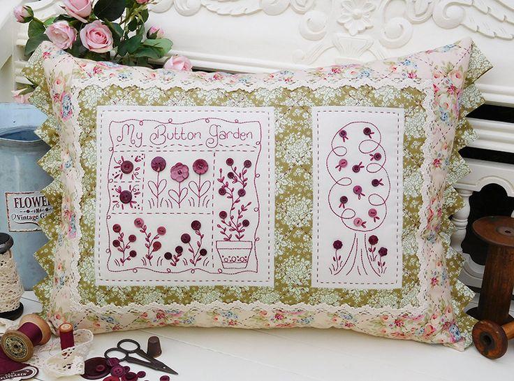 "My Button Garden Finished cushion size: 16½"" x 24½"""