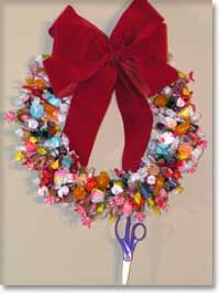 candy-christmas-wreath