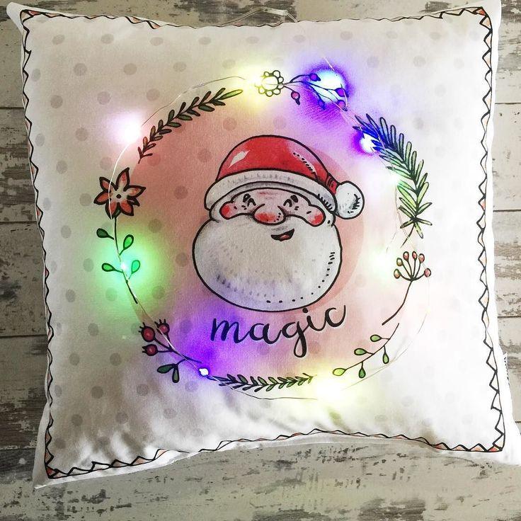 Troche świątecznej magii  jedne z ostatnich poduszeczek pojechały już do Was  #poduszka #swieta #mikolaj #xmas #santa #rudamama
