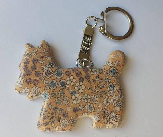 Porte-clefs artisanal petit chien scottish liberty