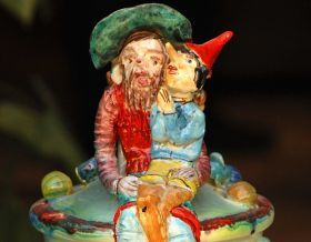 """Pinocchio & Geppetto - Maiolicart Work of the collection """"Pinocchio"""" (Pinocchio and Geppetto). Inspired by the story of Pinocchio and made entirely of clay sculpted, molded and painted by hand, cooking in the oven at more than 1,000 degrees. #madeinitaly #artigianato #argilla #clay #oggettistica #craftobject #pinocchio"""