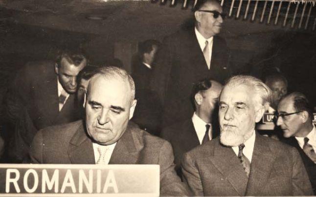 Gheorghe Gheorghiu-Dej (stânga), alături de Ştefan Voitec la sesiunea a XV-a a ONU (septembrie-octombrie 1960)