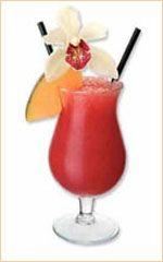 Drink Sex on the Beach  Ingredientes: 1 dose(s) de vodka gelada(s)  1/2 dose(s) de licor de pêssego  1 dose(s) de suco de laranja  7 gotas de xarope de groselha para decorar  2 pedra(s) de gelo moída(s)    Modo de preparo Drink Sex on the Beach : Misturar as três primeiras bebidas em uma coqueteleira. Colocar em um copo e adicionar um pouco de groselha.