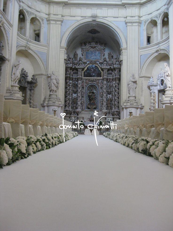 San Matteo a Lecce #event #flowerdesigner #fiori #matrimoniopuglia #totalwhite #matrimonio #wedding #puglia #matrimoniolecce #salento #sanmatteo #weddingplanner #allestimentifloreali #castle #matrimonioincastello #justmarried #donatochiriatti