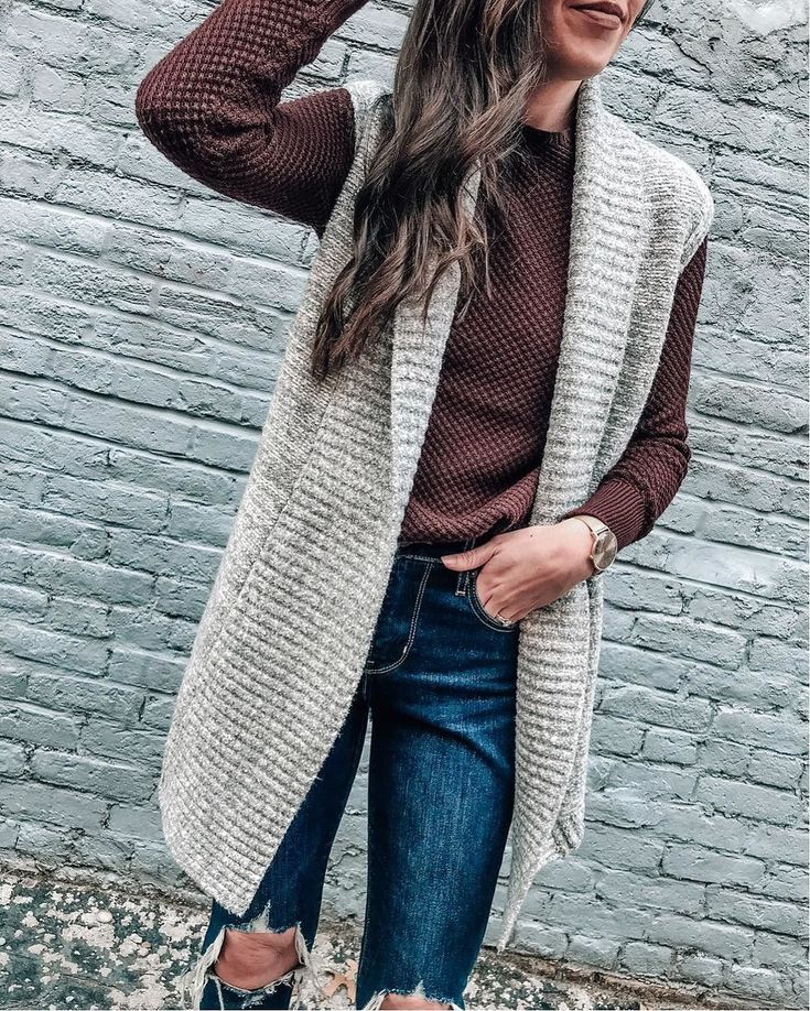 @prettyinthepines layering LOFT cozy sweaters