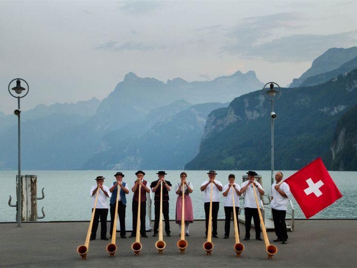 Bahnerlebnis Schweiz - Wilhelm Tell, Glacier & Bernina Express   Pakete   Schweiz   Schöne Aussichten