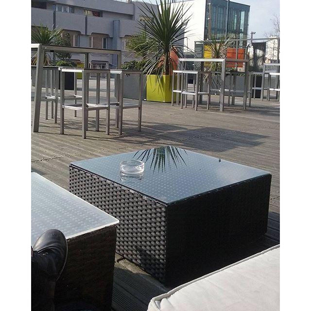 Regram from @solenn.gaufrette  Pause terrasse en sortie de taf blushcoffee #champslibres #terrasse #terrassedeschampslibres #rennesacoupdecoeur #rennes #leschampslibres - See more at: http://iconosquare.com/viewer.php#/detail/1203715000020707061_2226065712