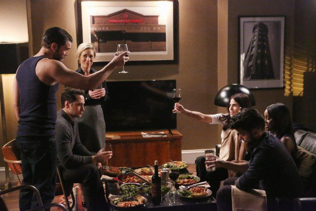 Karla Souza, Charlie Weber, Liza Weil, Matt McGorry, Aja Naomi King, and Jack Falahee in How to Get Away with Murder (2014)