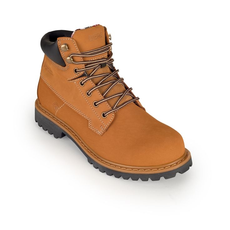 A robust waterproof boot featuring a timeless design, perfect for occasional mountain adventures and city walks.