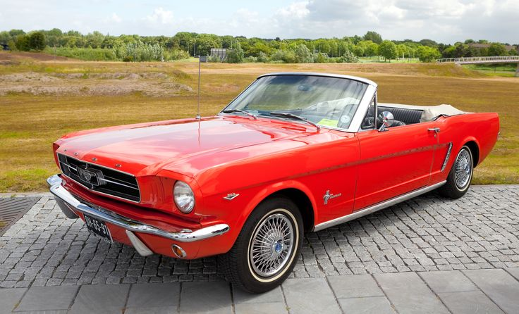 1965, #Ford #Mustang #Convertible, un rosso bellissimo #redpassion #neverold #vintage