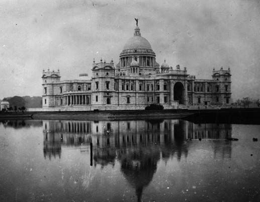 A Kolkata you haven't seen in your lifetime: 100 years of Calcutta in 30 stunning, black and white images you'll love - IBNLive