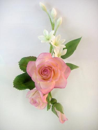1st place - rose corsage by salon J, via Flickr
