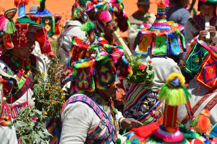 """#RealTripenOruro disfrutando de nuestro primer día de #Carnaval con #AnataAndina en el #CarnavalOruro #Bolivia #Unesco #Increible #Pachamama #VueltaAlMundo #vivabolivia #vivaOruro Bolivia Bolivia te espera Viceministerio de Turismo - Estado Plurinacional de Bolivia Boliviaentusmanos.com """"Carnaval de Oruro Bolivia - El Mejor del Mundo"""" (A.C.F.O.) Oruro Carnaval de Oruro 2016 ACFO"""