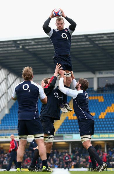 England Rugby Union Open Training Session. Grab last minute Rugby tickets at http://www.tikbuzz.co.uk/