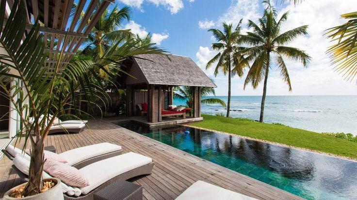 Beachfront villa in Mauritius