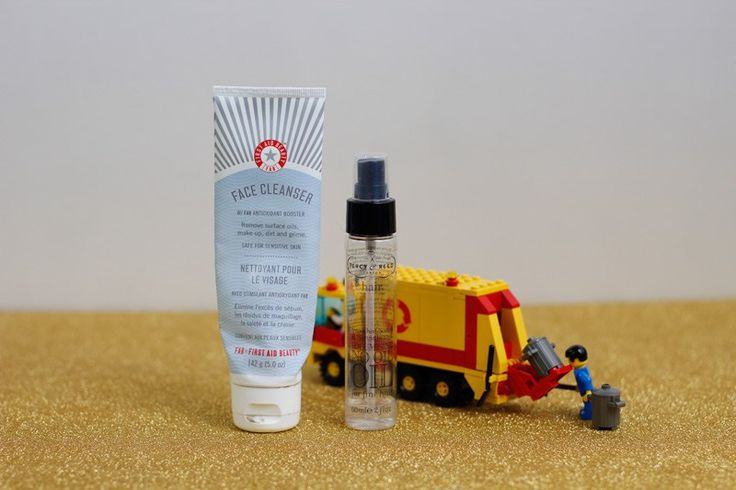 Aufgebraucht First Aid Beauty Cleanser and Bamboo Hair Oil